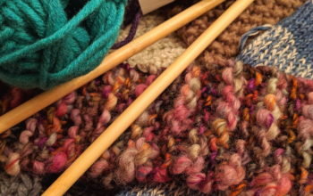 Taking your knitting needles (and crochet hooks) on the plane